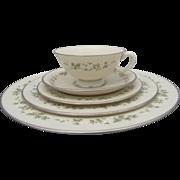 Lenox BROOKDALE Floral Print Platinum Trim China 30pc Dinner Plate and Cup Set