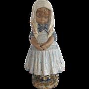 """Sweet Lladro 4951 Little Girl w/ Scarf Missy 14"""" Issue 1976 Figure Retired 1985"""