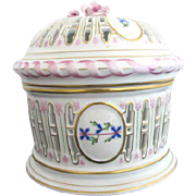 HEREND Pink & Blue Handpainted GARLAND Flower Lattice Lidded Biscuit Barrel Bowl