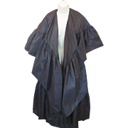 AVANT GARDE Vintage Richilene Black Taffeta Ruffled Full DRAMATIC Cape Jacket