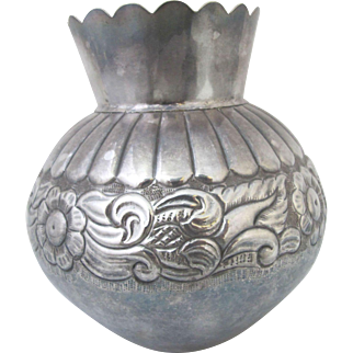 Hand Wrought STERLING Silver Flower Engraved PERUVIAN Vase