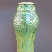 Very Fine KING TUT Swirling Pattern IRIDESCENT Gold Green Tall Art Glass Vase