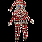 Vintage sparkly rhinestone Santa Claus figural brooch cute!
