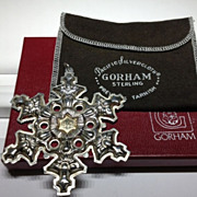 Gorham Sterling Silver with Gold Filled 1982 Year mark Snowflake Ornament/Medallion