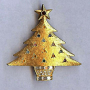 De Nicola Signed Jeweled Christmas Tree Pin Brooch Nice!