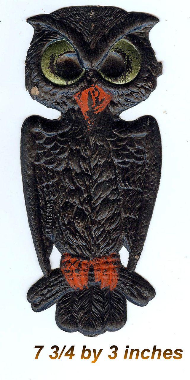 Small cardboard Black Hoot Owl Halloween decoration German 1920s