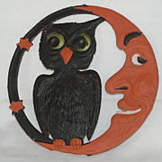 LARGE Crescent Moon and Owl heavily embossed die cut - Germany 1920s