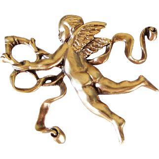 Vintage Metropolitan Museum of Art Gold Cherub Angel pin pendant