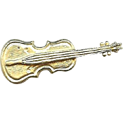 Cute gold color Violin pin