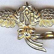 Trifari USA Flying Wings Gold Color Patriotic Pin