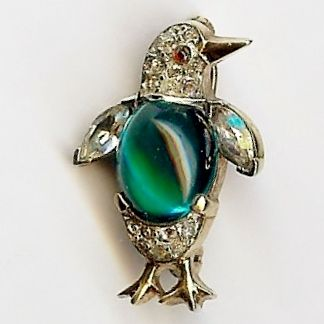 Trifari 'Alfred Philippe' Miniature Emerald green Cabochon Belly Penguin Pin