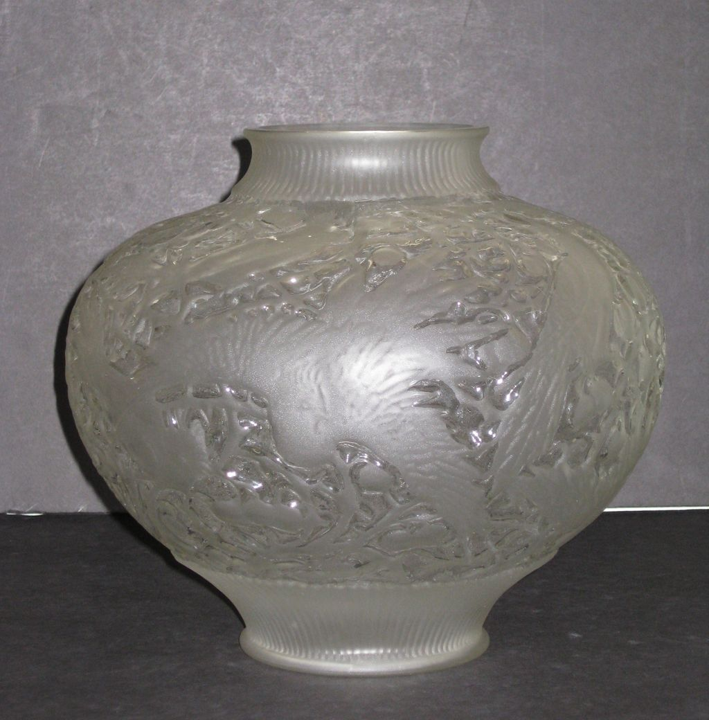 Consolidated Cockatoo Vase