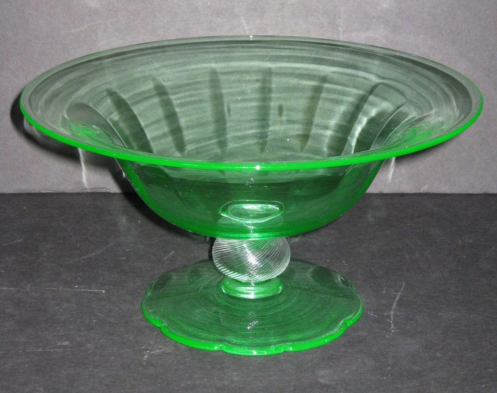 Fry Green Petal Foot Bowl