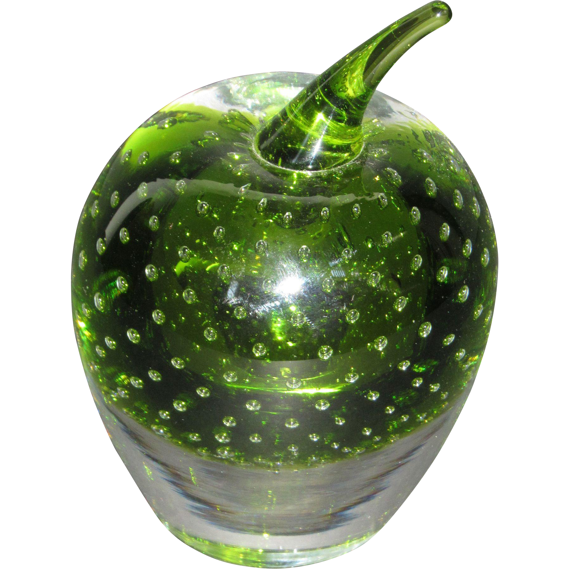 Tiffin Apple Paperweight in Killarney Green