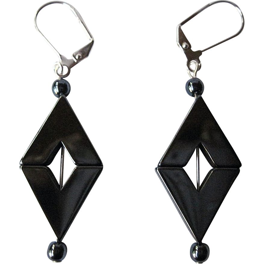 Pretty Diamond Shaped Gun Metal Grey Hemalyke Dangle Earrings