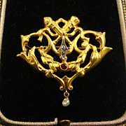 French Belle Epoque Era 18 Carat Gold Antique Repoussé Brooch ~ c1870s