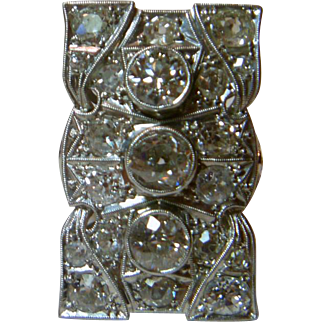 Vintage Art Deco Three Stone Diamond & Platinum Ring