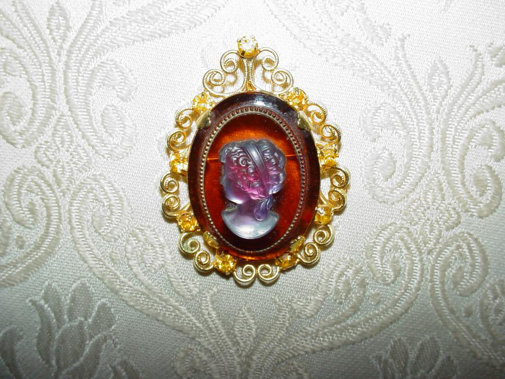 Celebrity Cameo Brooch