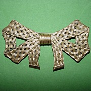 Braided Wire Bow Brooch