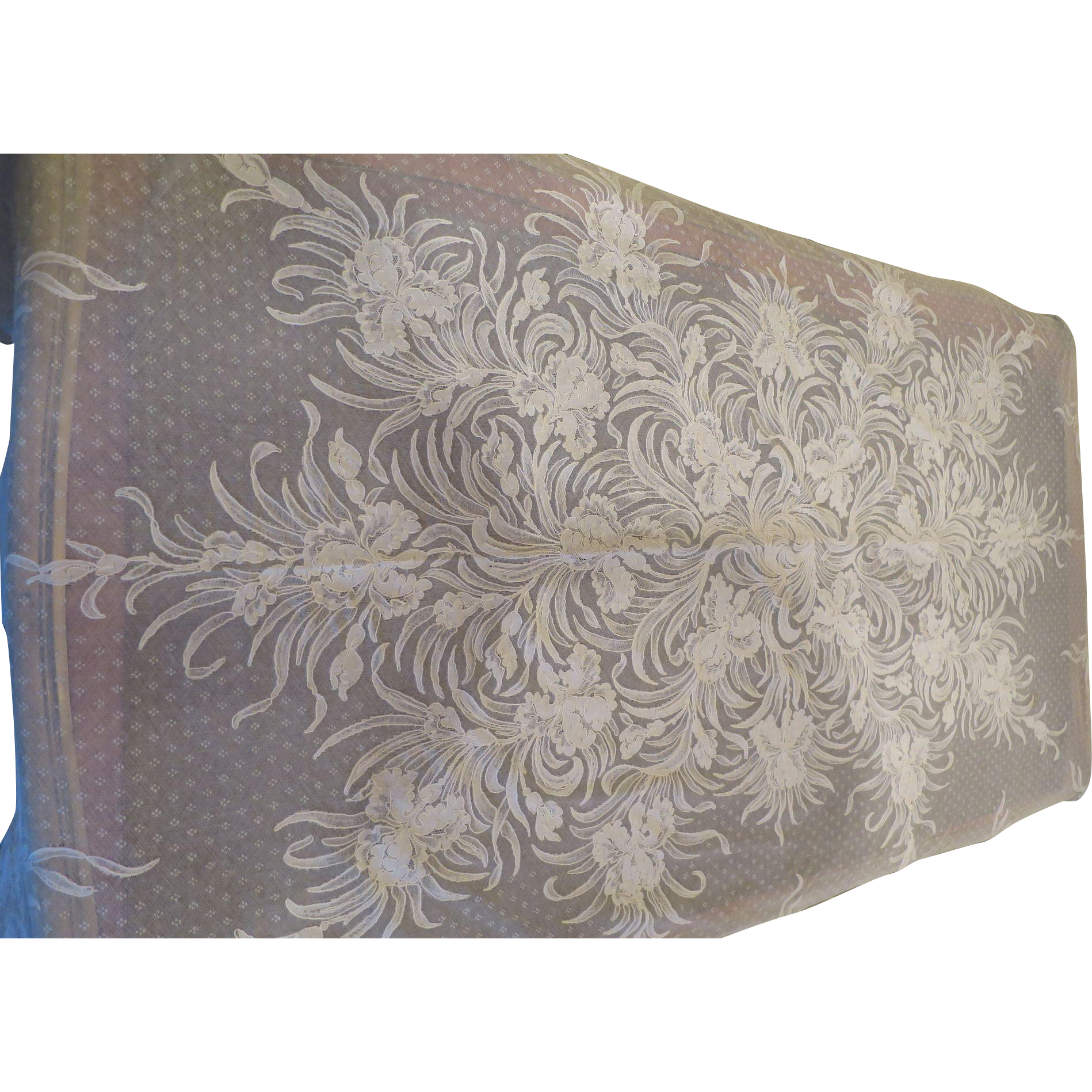 Amazing Alencon Tablecloth and Napkin Set!