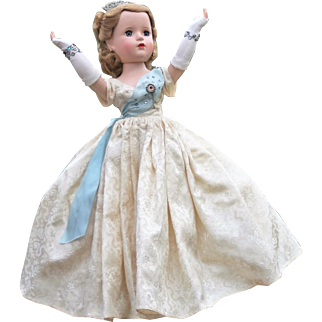 Madame Alexander Beaux Arts Queen Elizabeth 1953 -  All Original!!