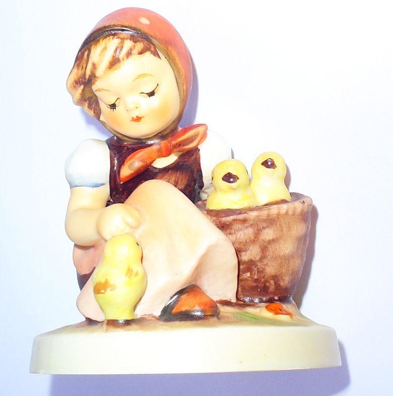 Hummel Chick Girl 57/0 Goebel W.Germany TMK-3