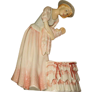Royal Doulton Figurine Mother & Baby HN3348 Pretty Lady 1991