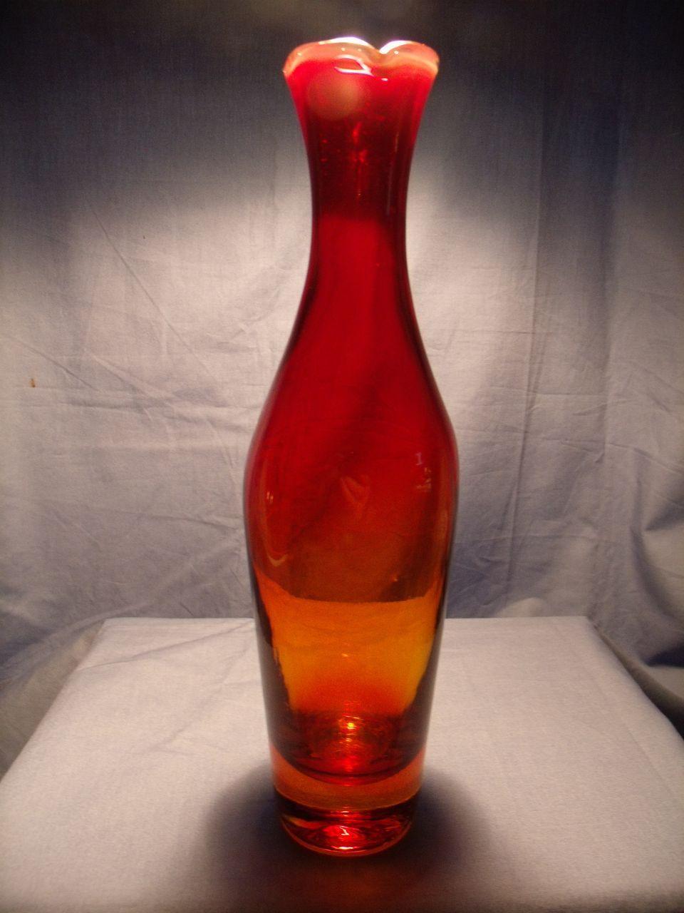 Circa 1964 Blenko Amberina Vase From Glassalley On Ruby Lane