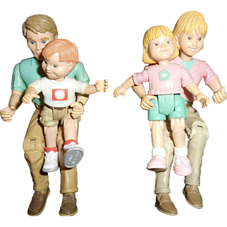 Vintage Dollhouse Family Of Four Fully Articulated Lady Man Boy And Girl
