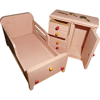 Vintage Pink Bed With Matching Armoire Dresser And Vanity Set