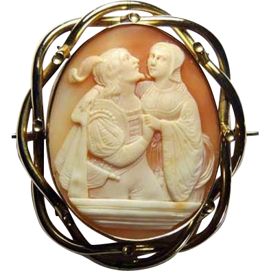Fine large cameo of Romeo and Juliet
