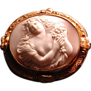 The most beautiful huge Ariadne cameo locket ever