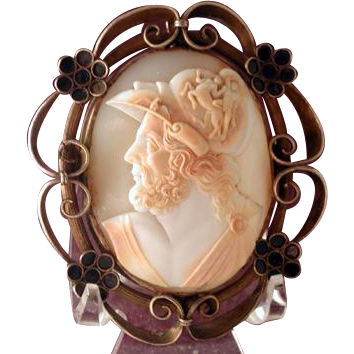 Fabulous large horned helmet cameo of Menelaus with centaur