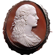 Musuem quality carving of pretty young lady cameo