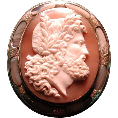 Huge pebble agate and shell Zeus cameo