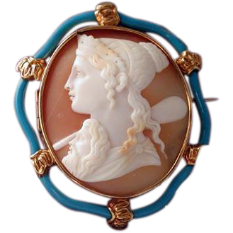 Fine enamelled Hera with Zeus cameo