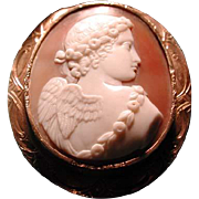 Fine cameo of Cupid in gold