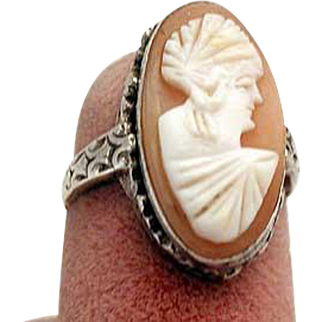 Neat looking turn of the century cameo ring