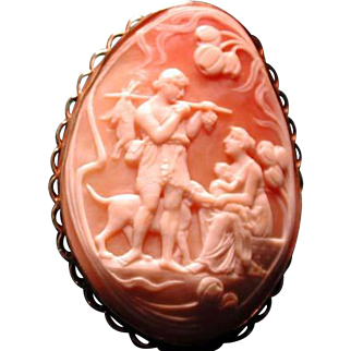 Large cameo of hunter with family and dog