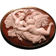 Nice cameo of Psyche and Eros