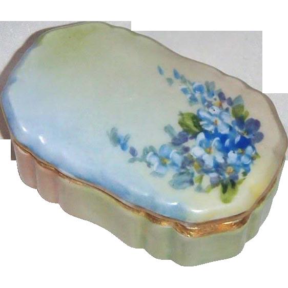 T&V Limoges Trinket Box