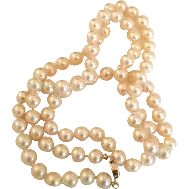 Must-have Classic Faux Pearl Necklace by Marvella