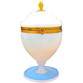 Antique French White 'Bulle de Savon' Opaline Glass Hinged Box .