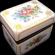 Antique Baccarat 'Bulle de Savon' Signed Opaline Casket