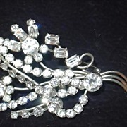 Vintage Large Rhinestone Floral spray.