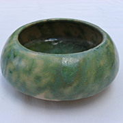 Small Burley Winter Bulb Planter with Gorgeous Green and Cream Mottled Glaze