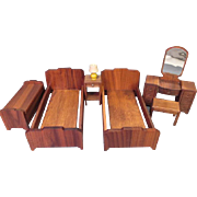 """Stombecker Dollhouse Furniture - Walnut Bedroom Suite from 1936 - 1"""" Scale"""