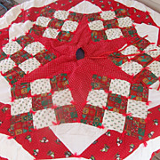 Festive Quilted Christmas Tree Skirt