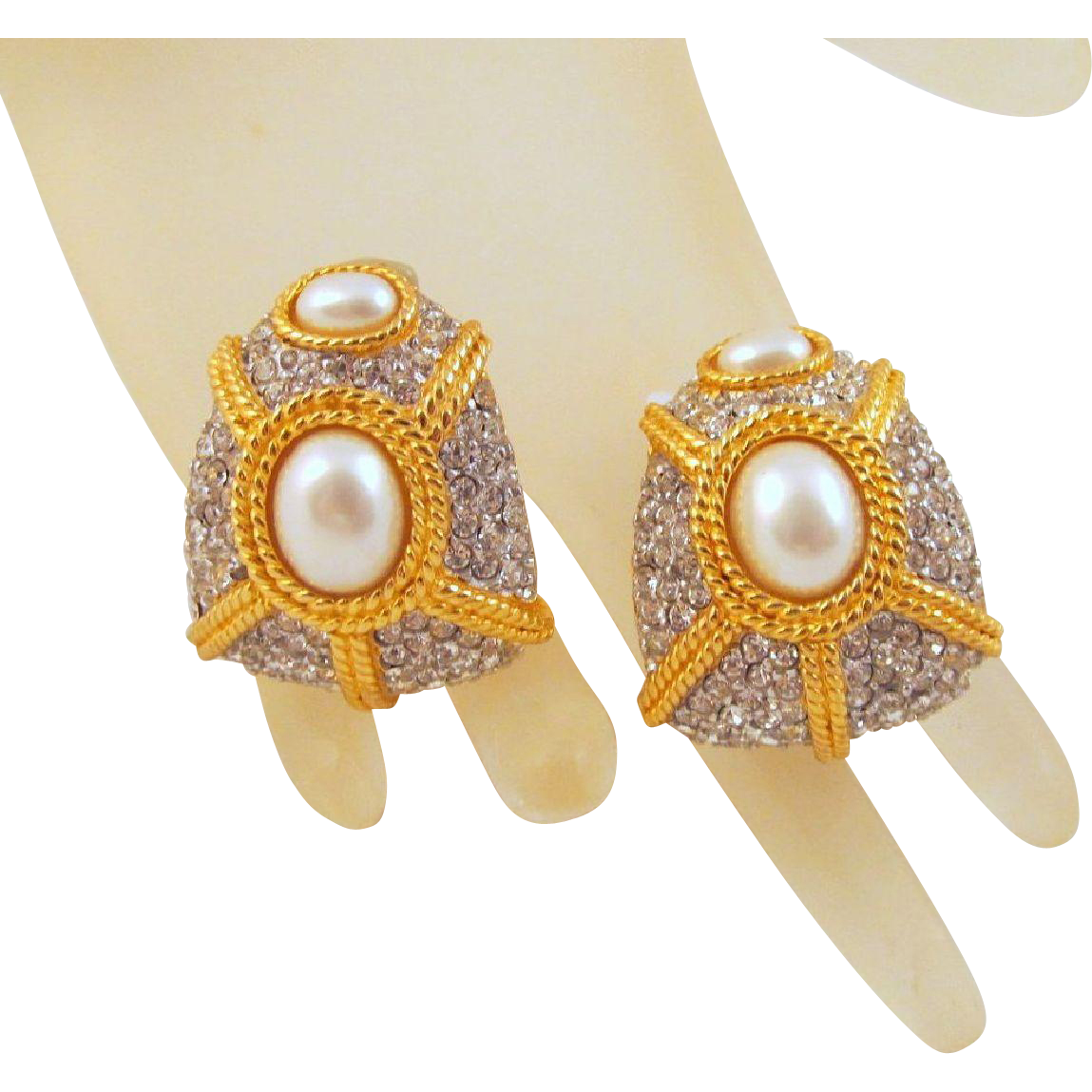 Ciner Faux Pearl Rhinestone Earrings 1980s Bling Runway Gold Plated Vintage Clip