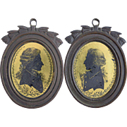 18thC Verre Eglomise Silhouettes Pair Portraits in Bronze Frames Antique Miniature